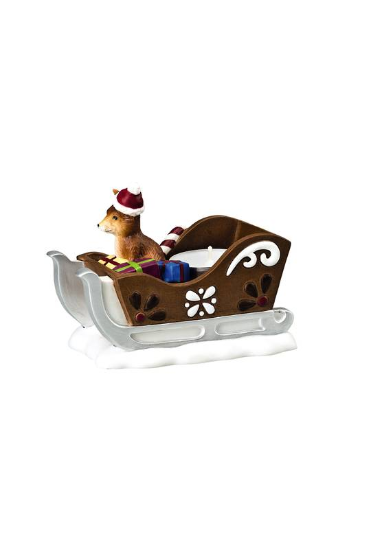 Hutsch. Porcelain Fox on Sleigh 11cm