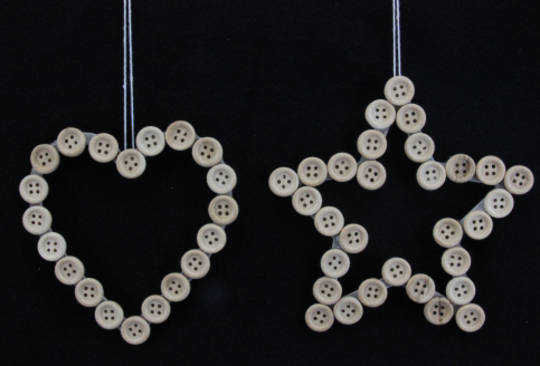 Hanging Star or Heart with Natural Buttons 12cm