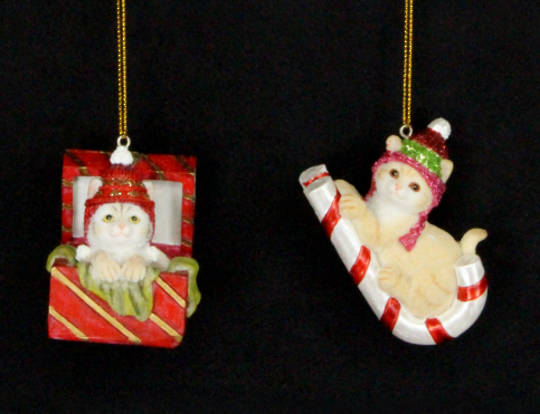 Hanging Resin Kittens on Box/Candy Cane