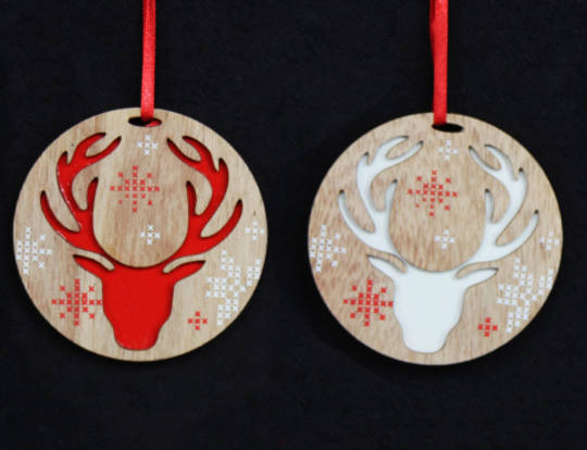 Hanging Wooden Disc Scandi Snowflake Reindeer Head