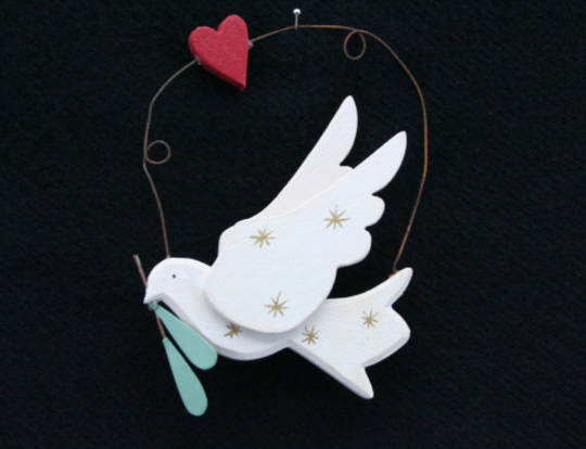 Wood White Dove w/Olive Branch 8cm