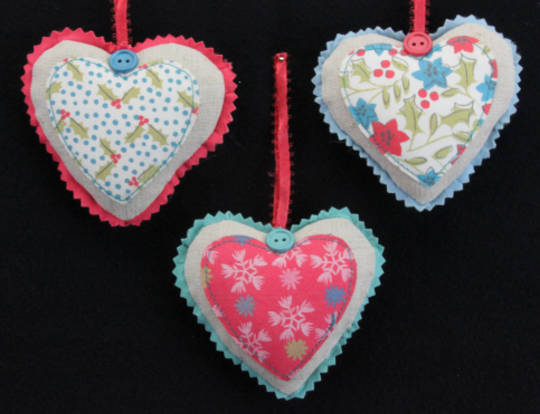 Fabric Hanging Vintage Heart 8cm