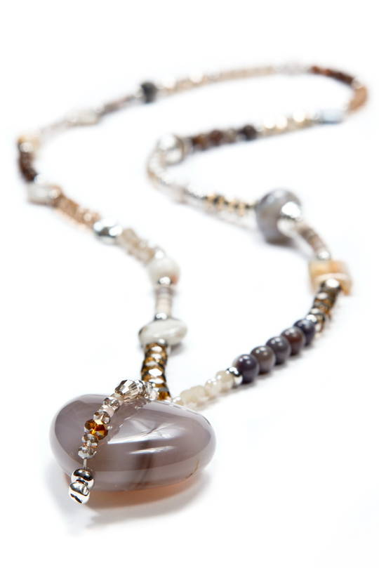 Necklace, Natural Agate Colours with Agate Heart Pendant with Bead Detail