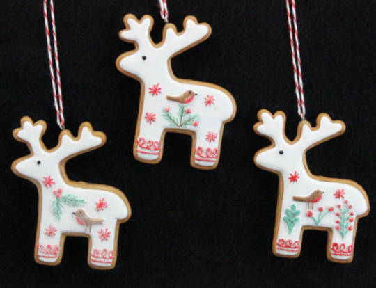 Resin Hanging Nordic Gingerbread Reindeer