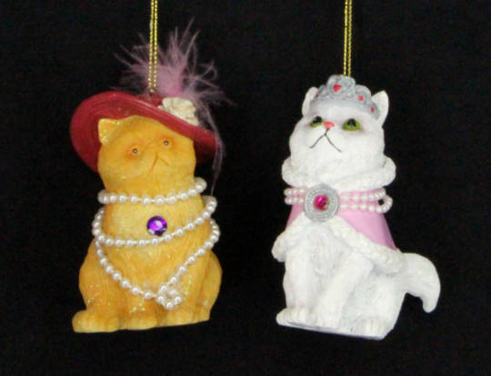 Hanging Resin Cat with Hat/Tiara SOLD OUT