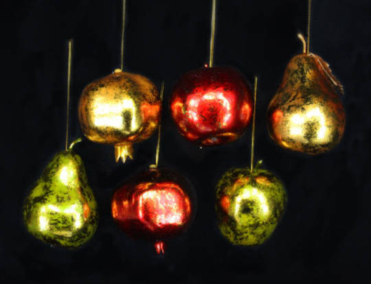 Hanging Metallic Coloured Fruits