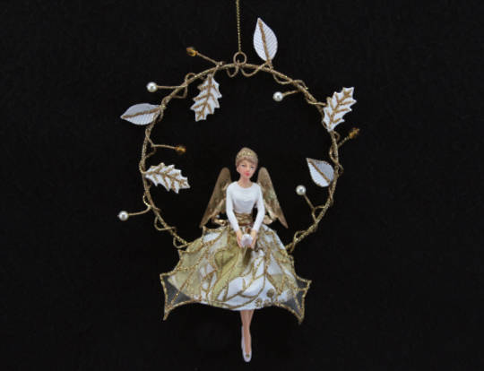 Hanging Resin Gold Holly Angel in Wire Wreath