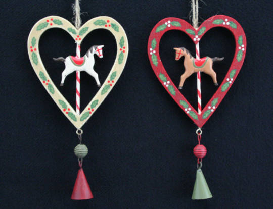 Wood Hanging Mini Heart Carousel Wreath 14cm