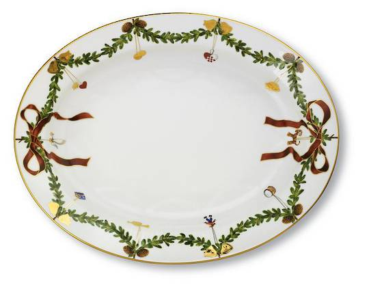 StarFluted Christmas Oval Platter