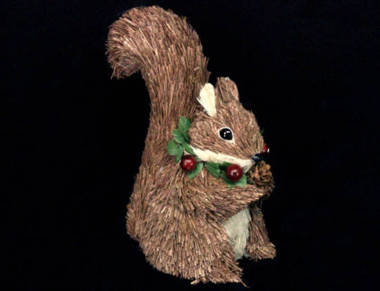 Bristle Squirrel with Berry Wreath