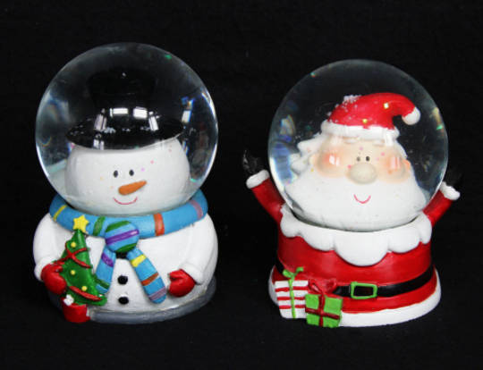 SnowGlobe Santa or Snowman 7cm SOLD OUT