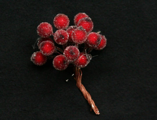 Beaded Berry Mini Cluster 7cm